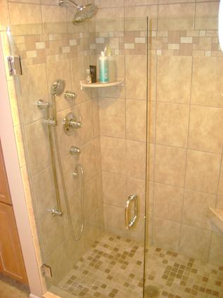 Glass shower enlcosure