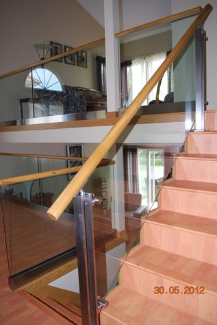 Glass hand rail for home