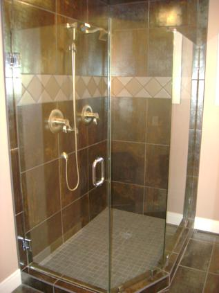 Neo angle glass shower enclosure